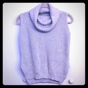 EUC Fate. Stitch Fix Soft Gray Sleeveless Sweater